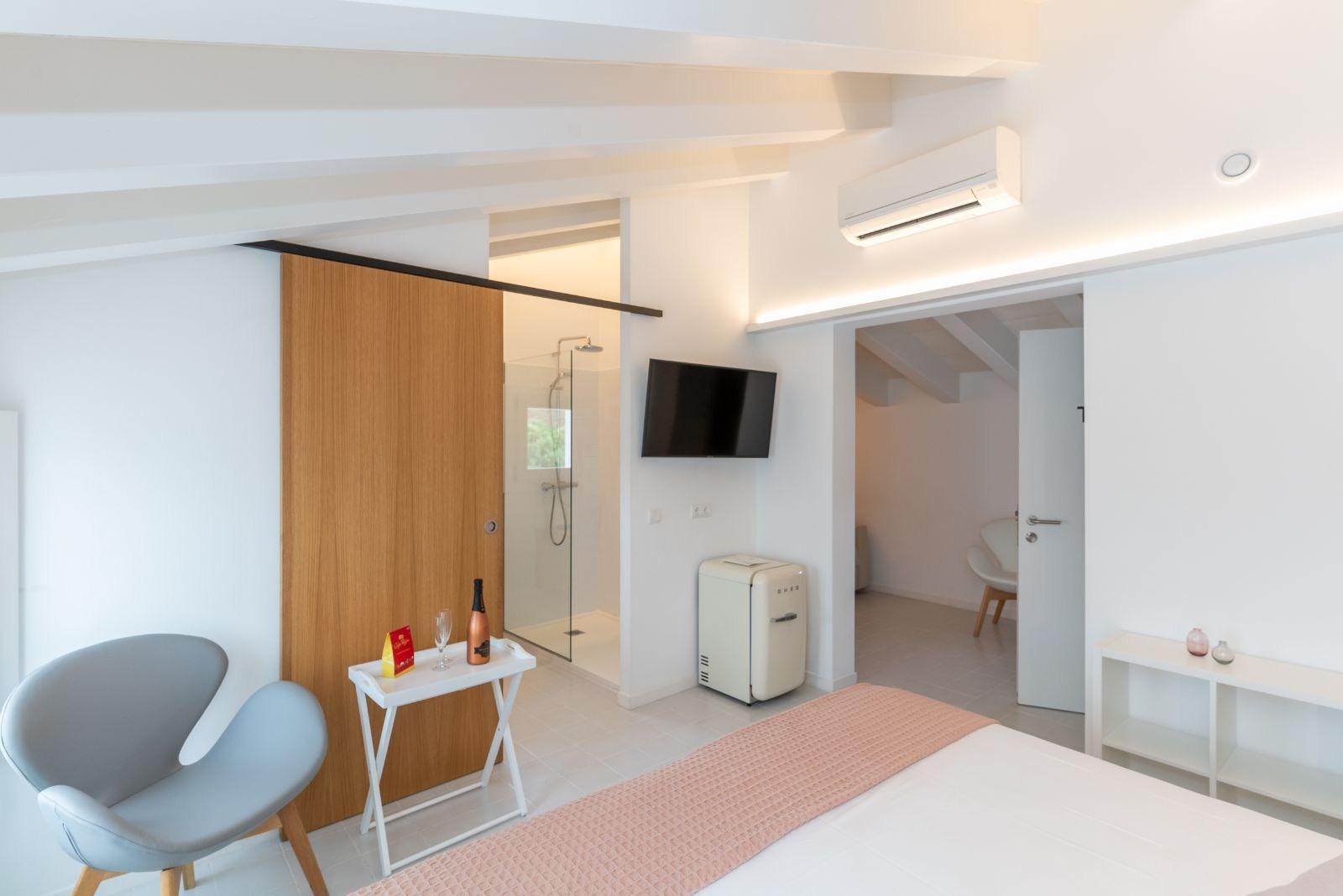 Attic family suite room m - 27